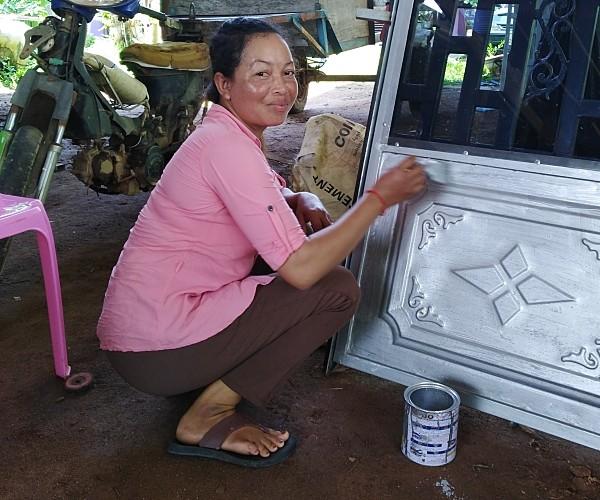 Saren working livelihood